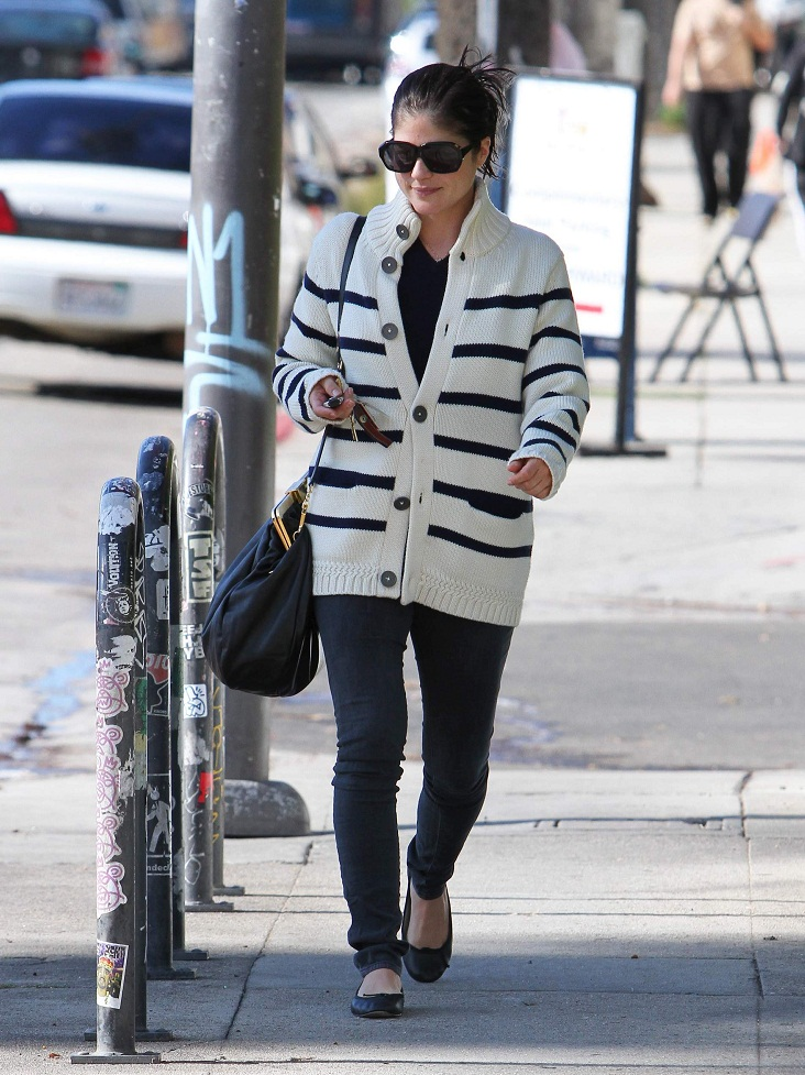 Selma Blair In Selima Sunnies & CARDIGAN Stripes