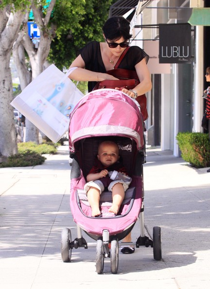 Selma Blair & Arthur Saint Go Shopping