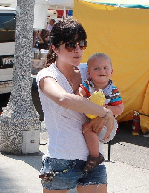 Selma Blair & Arthur Saint At The Petting Zoo
