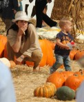 Selma Blair & Arthur Saint Pumpkin Patch 30