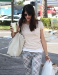 Selma Blair Spotted At Bristol Farms 11