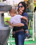 Selma Blair & Arthur Saint Farmers Market Fun 15