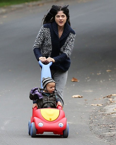 Selma Blair & Arthur Saint Morning Buggy Ride 1