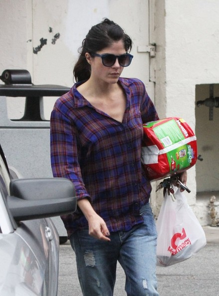 Selma Blair Diaper Run