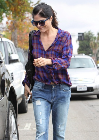 Selma Blair wearing Splendid and Siwy