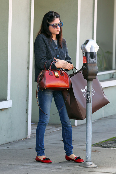Selma Blair Shops West Hollywood 2