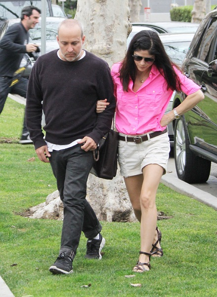 Selma Blair & Jason Bleick Out & About In Los Angeles January 2013 1