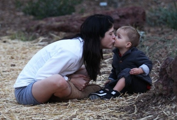 Selma Blair's Sweet Kisses From Saint