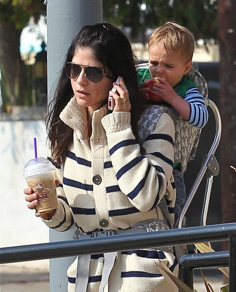 Selma Blair Backpacking With Baby Saint