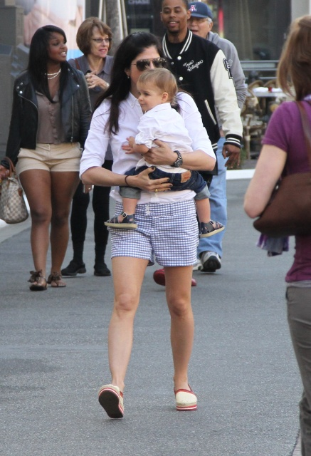 Selma Blair Kisses For Arthur
