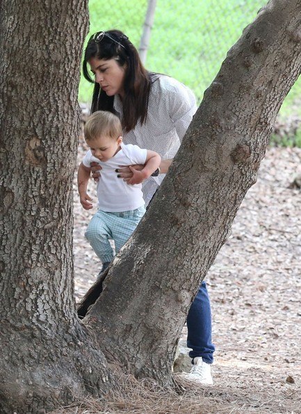 Selma Blair & Son Playtime At The Park 14