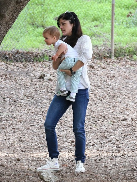 Selma Blair & Son Playtime At The Park 17