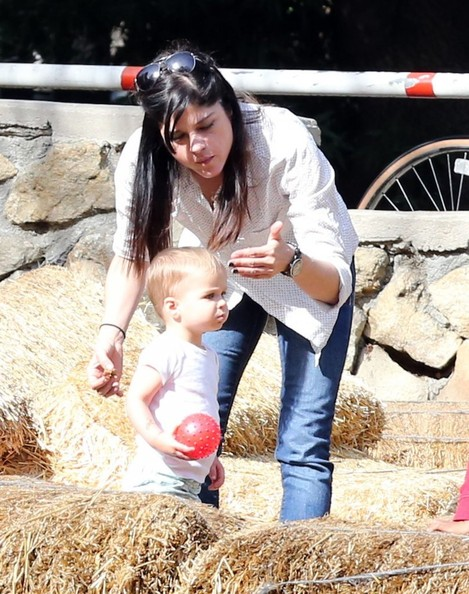 Selma Blair & Son Playtime At The Park 18