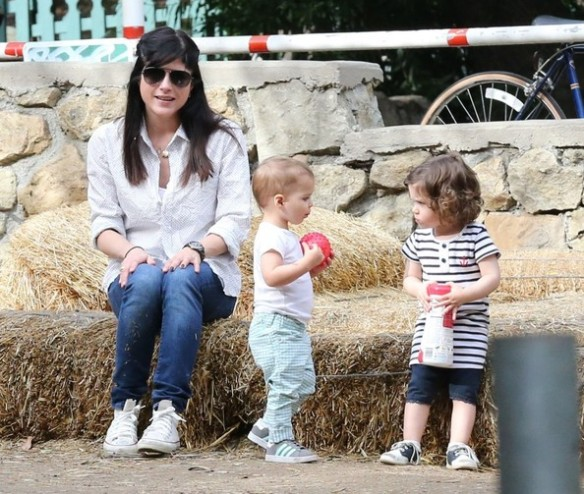 Selma Blair & Son Playtime At The Park 20