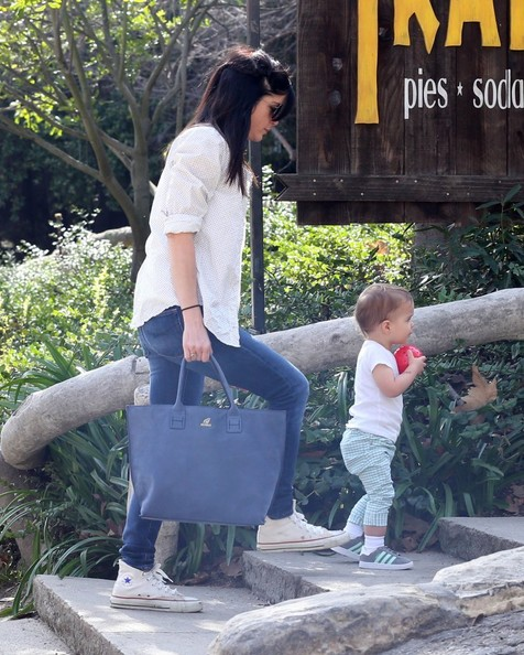 Selma Blair & Son Playtime At The Park 8