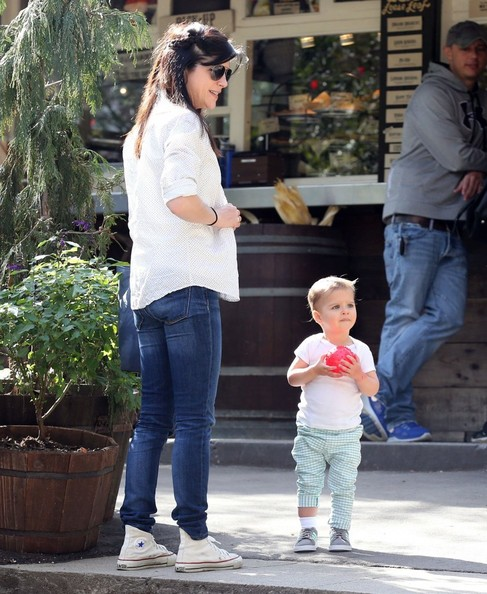 Selma Blair & Son Playtime At The Park 9