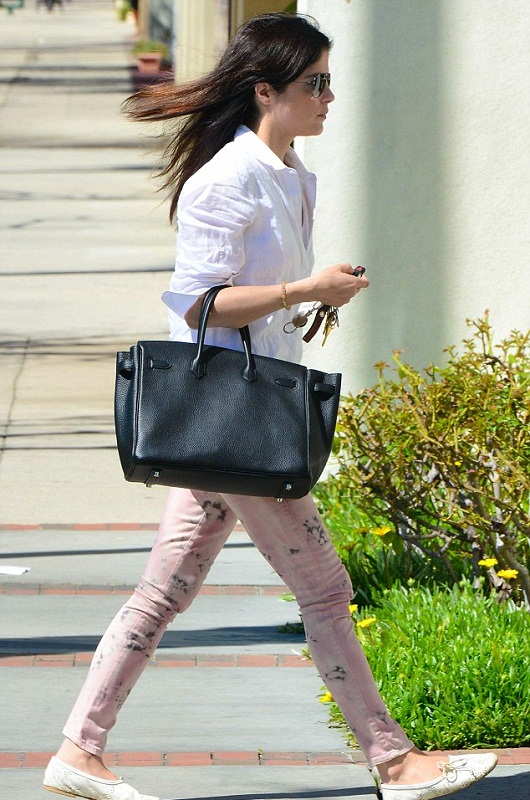Selma Blair March 11 2013 4