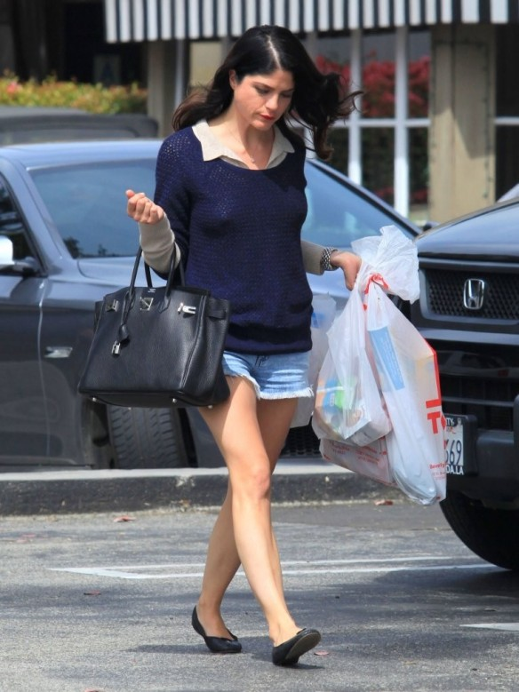 Selma Blair Steps Out For Supplies 10