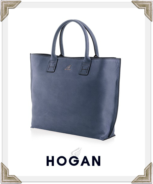 Hogan Tote Carried by Selma Blair