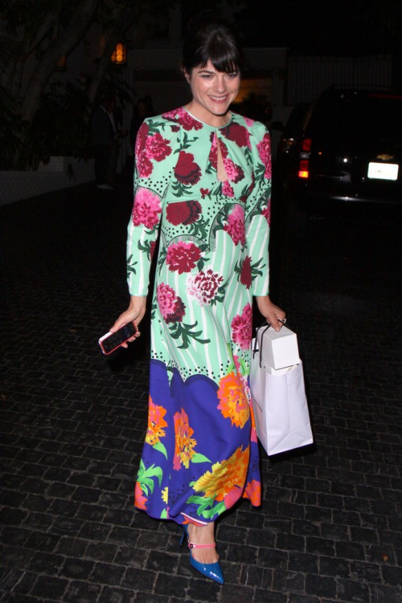 Selma Blair Arriving At Chateau Marmont 1