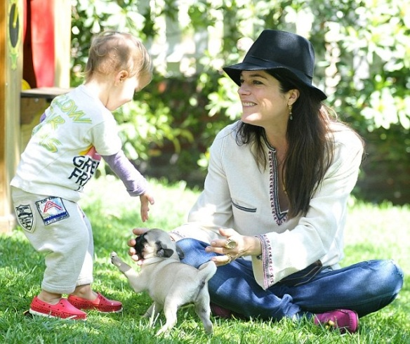 Selma Blair & Arthur Saint Puppy & Playhouse 11