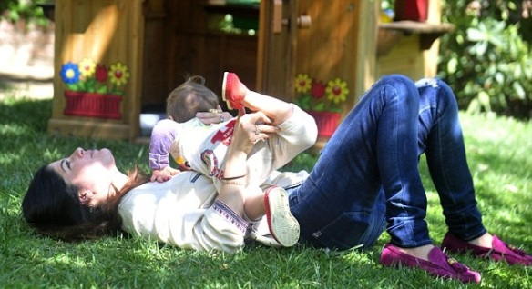 Selma Blair & Arthur Saint Puppy & Playhouse 7