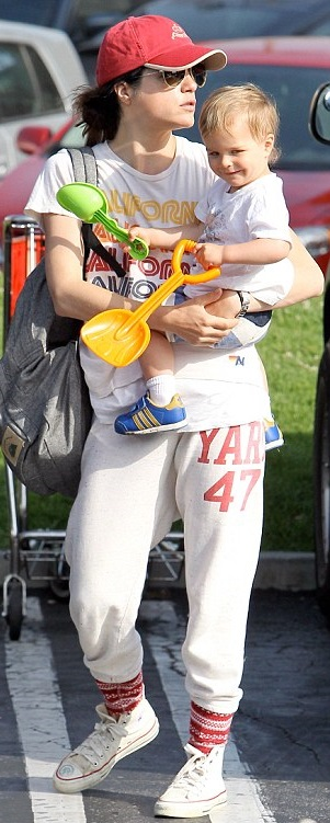 Selma Blair & Arthur Saint Ride The Train 4
