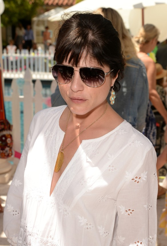 Selma Blair Attends Huggies Snug Dry Baby2Baby Mother's Day Event 5