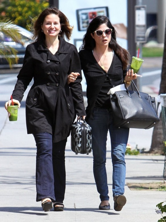 Selma Blair Grabs Lunch With A Friend