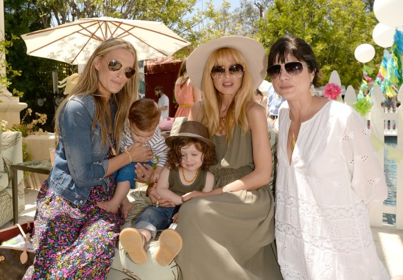 Selma Blair, Molly Sims, Rachel Zoe, Attend Huggies Snug Dry Baby2Baby Mother's Day Event 5