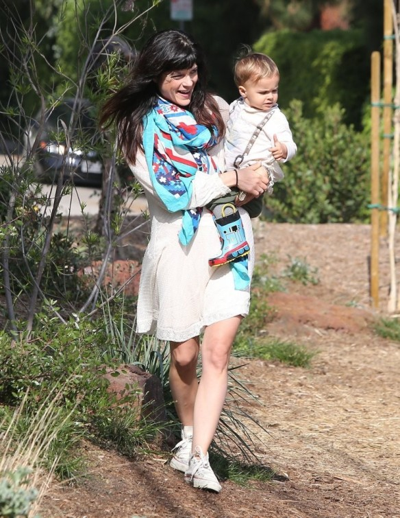 Selma Blair & Son Arthur Afternoon Outing 20