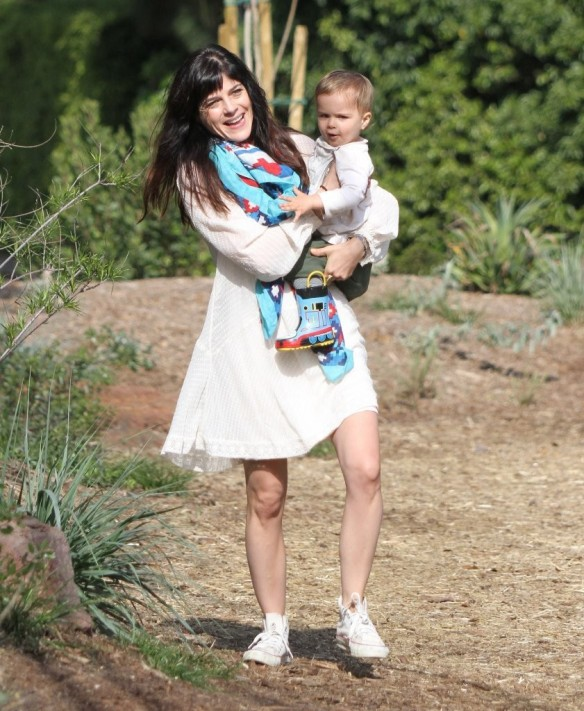 Selma Blair & Son Arthur Afternoon Outing 2