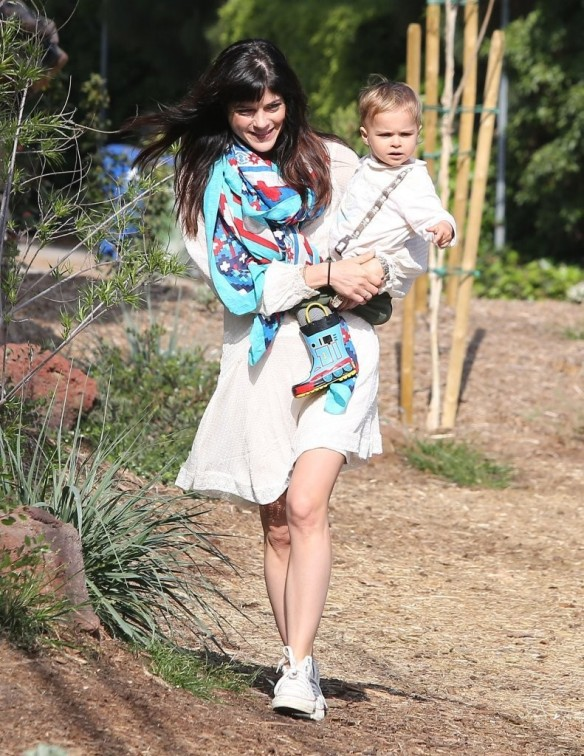 Selma Blair & Son Arthur Afternoon Outing 21
