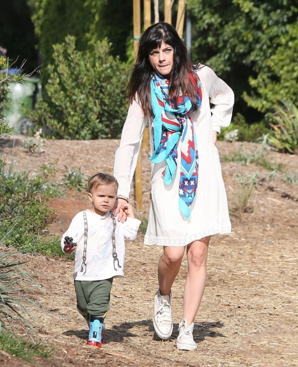 Selma Blair & Son Arthur Afternoon Outing 25