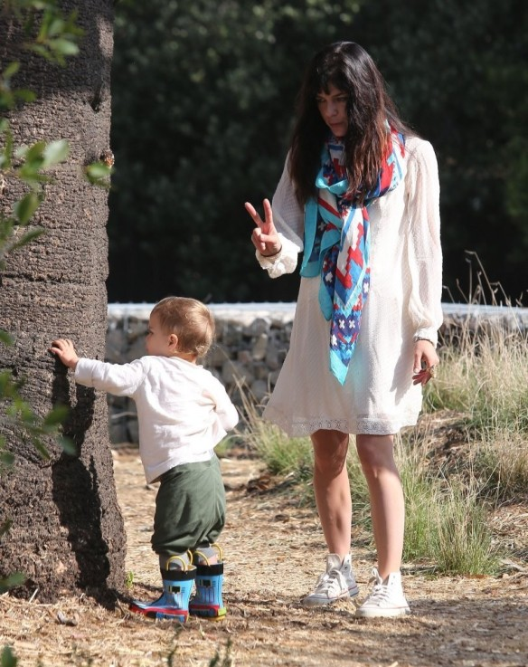 Selma Blair & Son Arthur Afternoon Outing 27