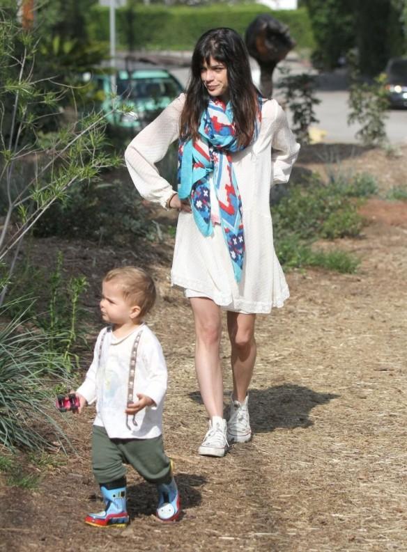 Selma Blair & Son Arthur Afternoon Outing 5