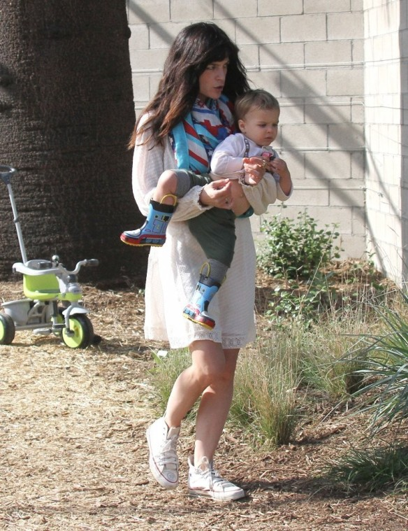 Selma Blair & Son Arthur Afternoon Outing 9