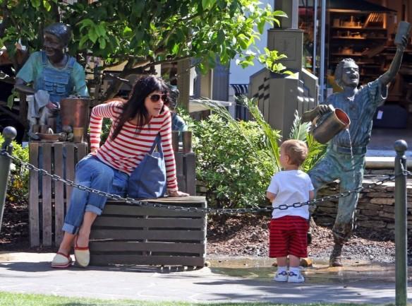 Selma Blair & Son in Stripes 8