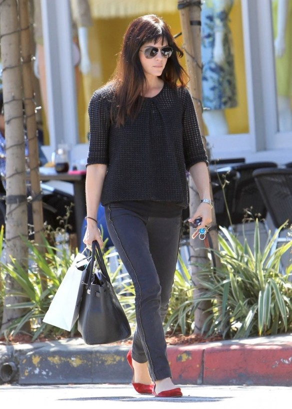 Selma Blair Stops For Coffee At Doughboys 17