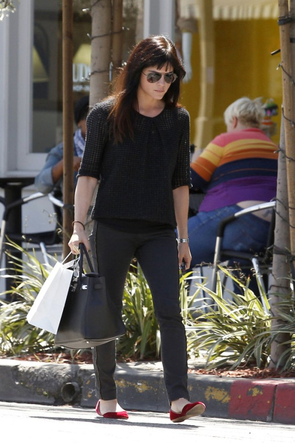 Selma Blair Stops For Coffee At Doughboys