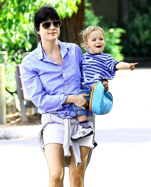 Selma Blair and Arthur Saint at the zoo