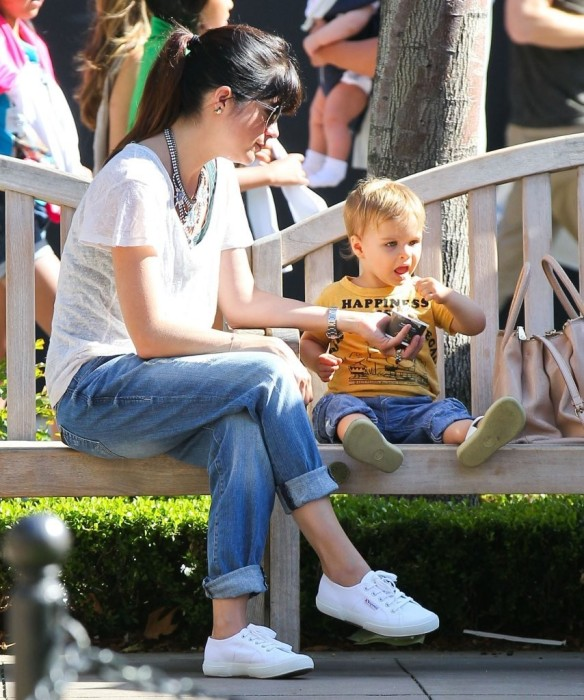 Selma Blair & Arthur Saint Go For Ice Cream 10