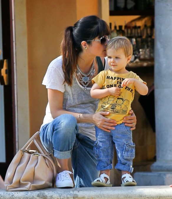 Selma Blair & Arthur Saint Go For Ice Cream 17