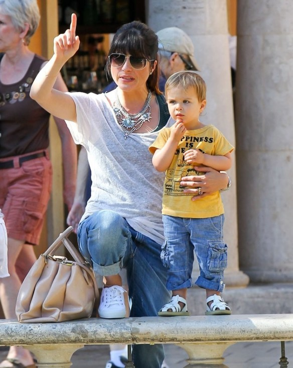 Selma Blair & Arthur Saint Go For Ice Cream 19