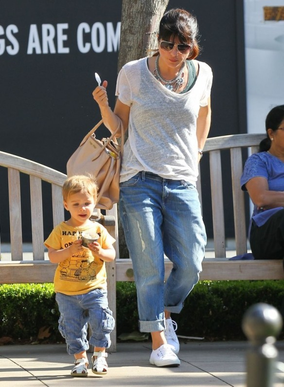 Selma Blair & Arthur Saint Go For Ice Cream 2