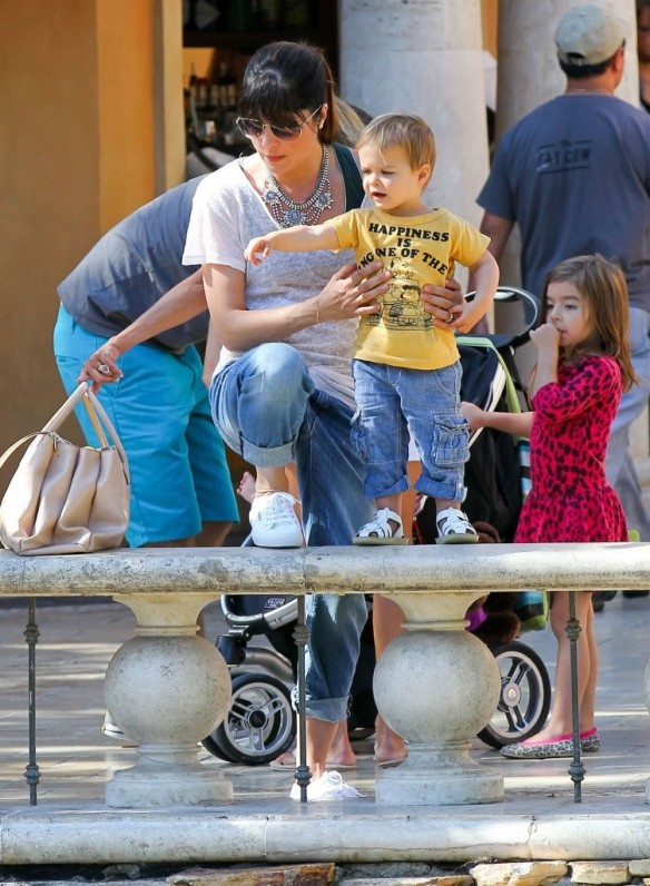 Selma Blair & Arthur Saint Go For Ice Cream 20