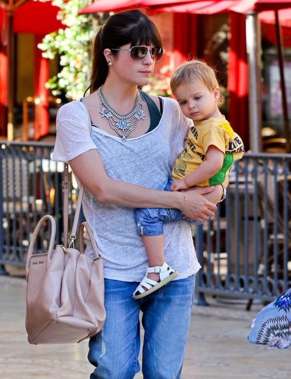 Selma Blair & Arthur Saint Go For Ice Cream 26