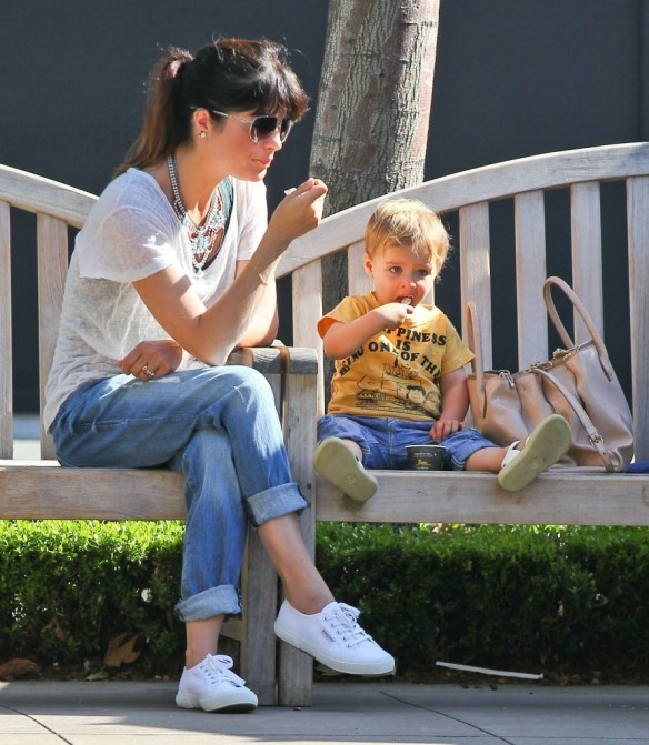 Selma Blair & Arthur Saint Go For Ice Cream 6
