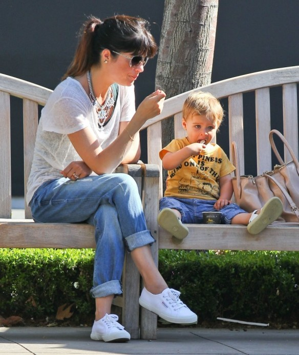 Selma Blair & Arthur Saint Go For Ice Cream 7
