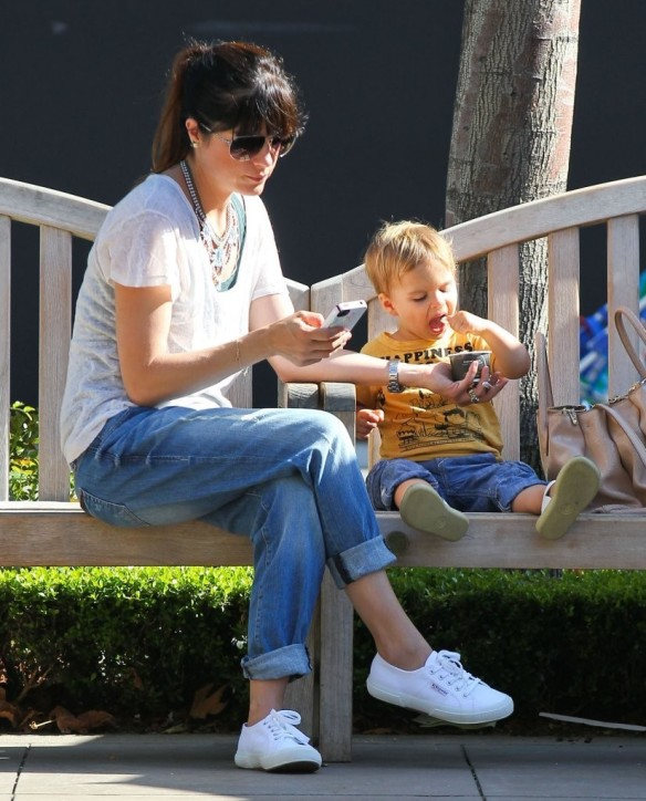 Selma Blair & Arthur Saint Go For Ice Cream 8